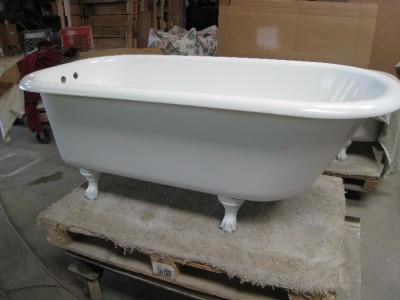5 FOOT CLAWFOOT BATHTUB FULLY RESTORED CAST IRON CLAW FOOT BATH TUB Early 190