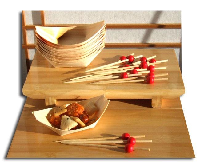Bamboo canap boats cocktail red bead skewers each x100 for Wooden canape trays