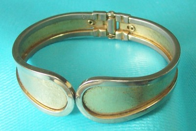 vintage cuff bracelet 7 5 spring hinge textured smooth On how to make a spring hinge for jewelry