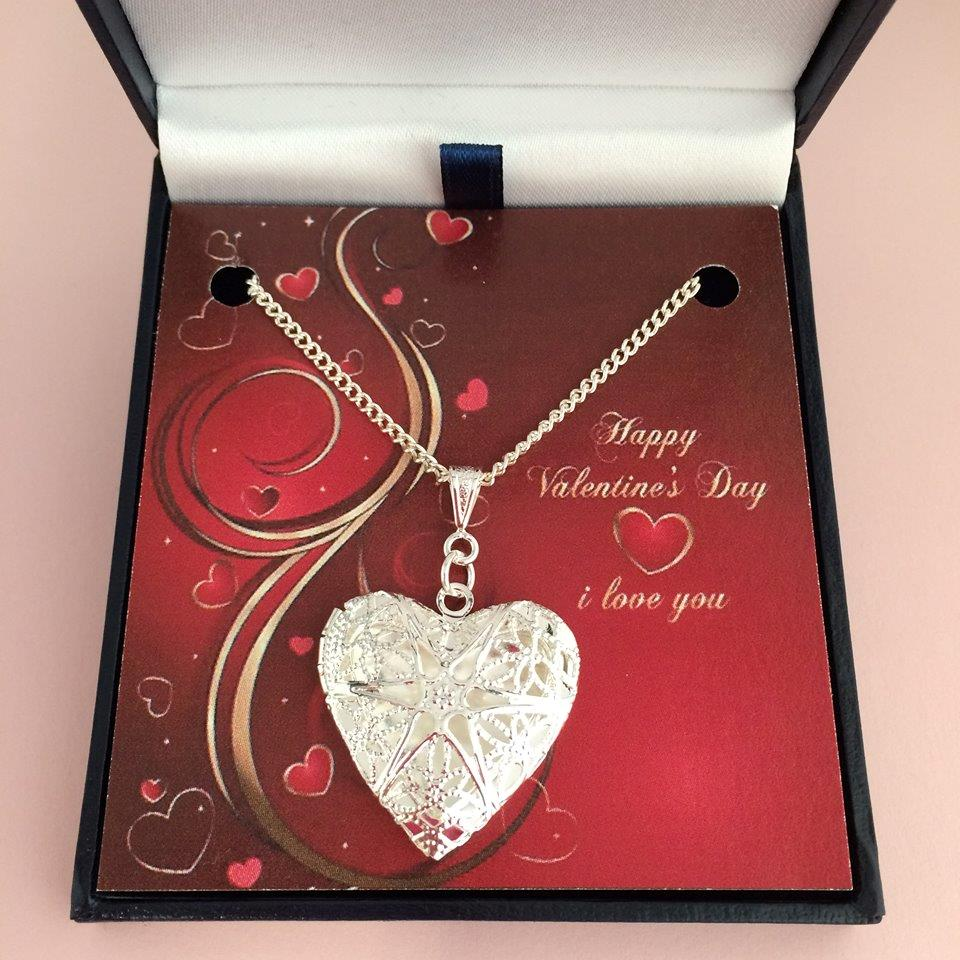 showroom and pendant vintage at new com manufacturers girlfriend alibaba heart necklace suppliers style