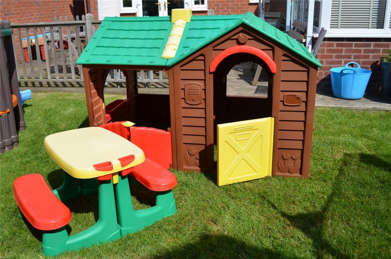 Keter Villa Playhouse Kids Large Garden Wendy House
