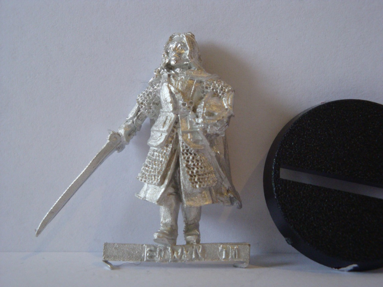 Eowyn-metal-miniature-MINT-LOTR-Warhammer-Fantasy-Games-Workshop