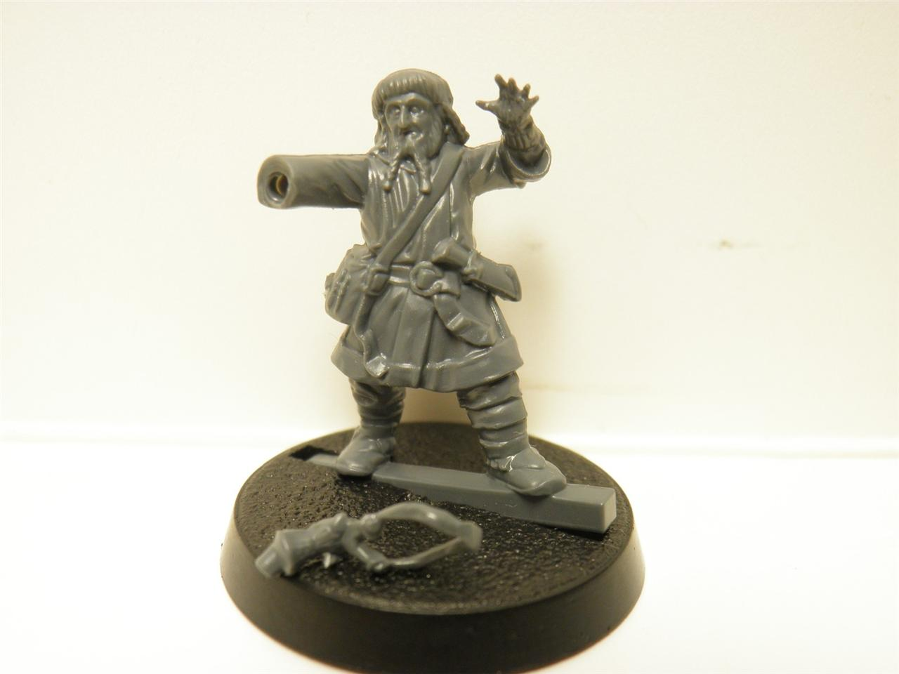 The-Hobbit-Escape-from-Goblin-Town-Miniature-Ori-the-Dwarf-NEW