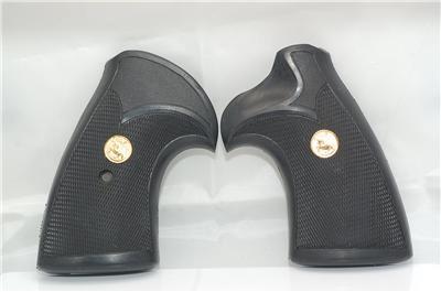 Untitled Colt Trooper Mkiii Grip Panels