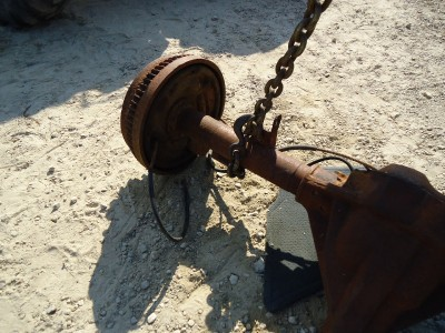 CK 3500 Chevrolet Chevy GMC Truck Rear Axle, 4.10 Full Float, Rusty