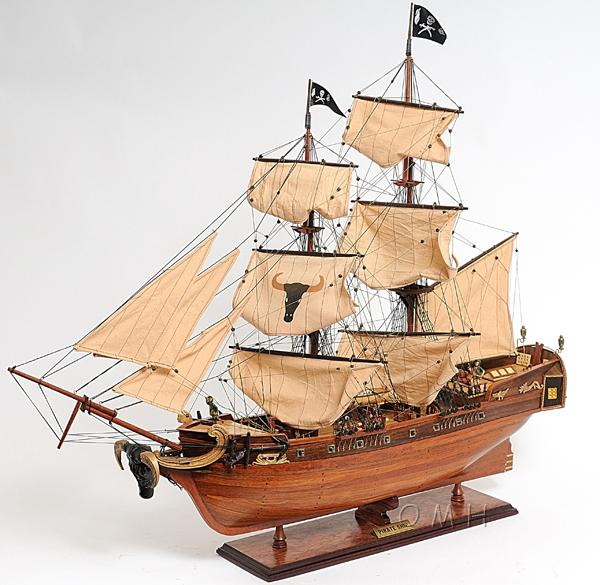 Wooden Pirate Ship Scale Models Decor