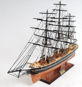 Cutty Sark NO SAILS Wooden Tall Ship Model Sailboat