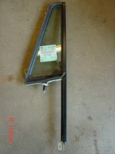 NOS-Jeep-Wrangler-wing-window-vent-Drivers-YJ-87-95-CJ