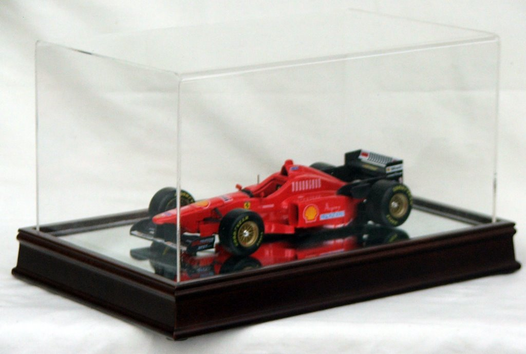 MODEL-CAR-DISPLAY-CASE-SOLID-WOOD-BASE-amp-MIRROR-BOTTOM-100-AUSTRALIAN-MADE