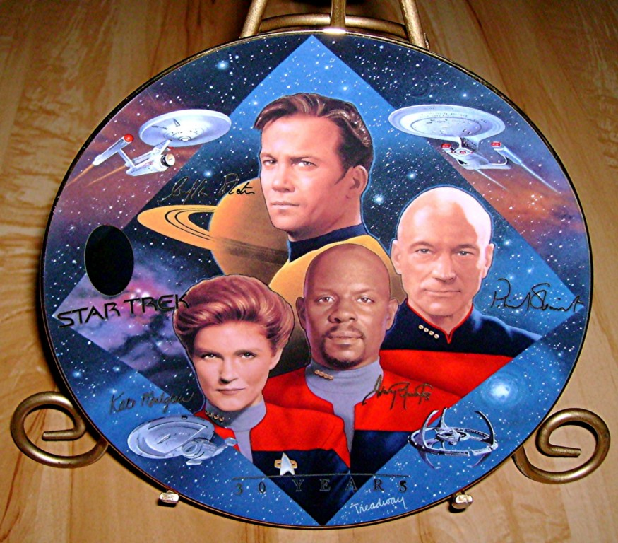 Captains Tribute By From The Star Trek 30 Years Plate Collection