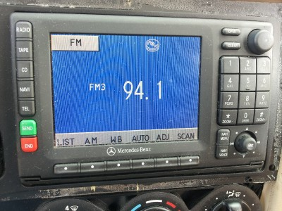 98 03 mercedes benz ml ml320 ml430 ml55 cassette radio w