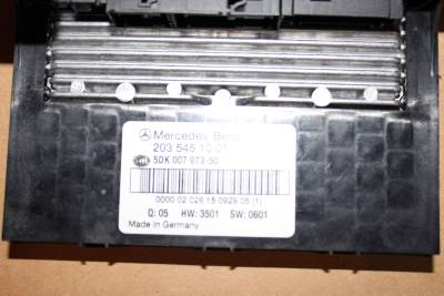 01 C240 Fuse Box moreover 445082375655890840 further 2003 Mercedes Clk500 Fuse Box together with Mercedes C55 Fuse Box additionally Nissan Altima Ignition Coil Harness Pigtail. on mercedes c320 fuse box diagram