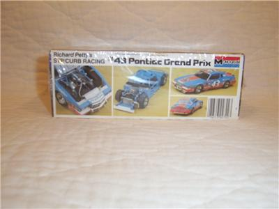 1985 RICHARD PETTY # 43 PONTIAC GRAND PRIX 1/24 MONOGRAM SEALED MODEL