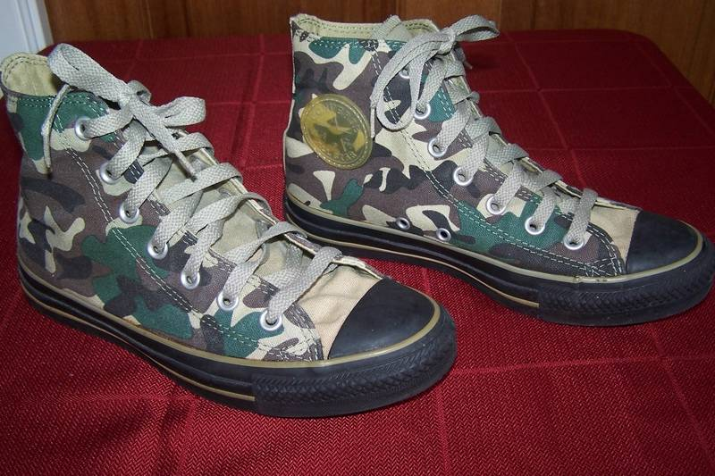 CONVERSE-CHUCK-TAYLORS-sneakers-HI-TOPS-Green-CAMO-Womens-sz-7-BOYS-Youth-Mens-5