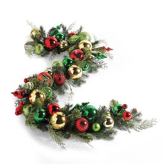 christmas holly ball outdoor pre lit cordless wreath. Black Bedroom Furniture Sets. Home Design Ideas