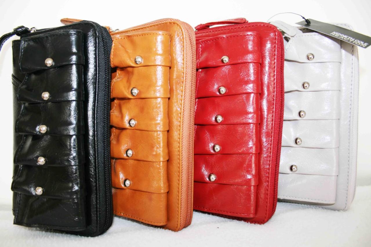 New Kenneth Cole Stylish Zip Around Flap Clutch Wallet