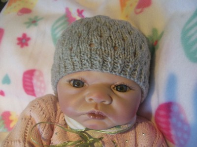 Alli Crafts: Free Pattern: Earflap Hat - Toddler