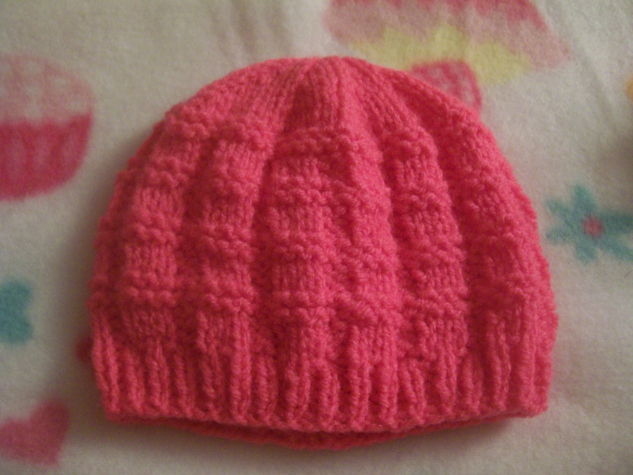 Hand Knitted Hat Patterns : Newborn Girls/Boys Basketweave Pattern Hand Knitted Baby Beanie Hat eBay