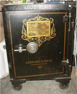 antique louis blaise cast iron safe 1908 j baum safe lock co cincinnat. Black Bedroom Furniture Sets. Home Design Ideas