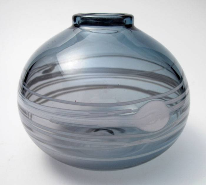SIGNED-PAULINE-DELANEY-AUSTRALIAN-STUDIO-ART-GLASS-VASE-1
