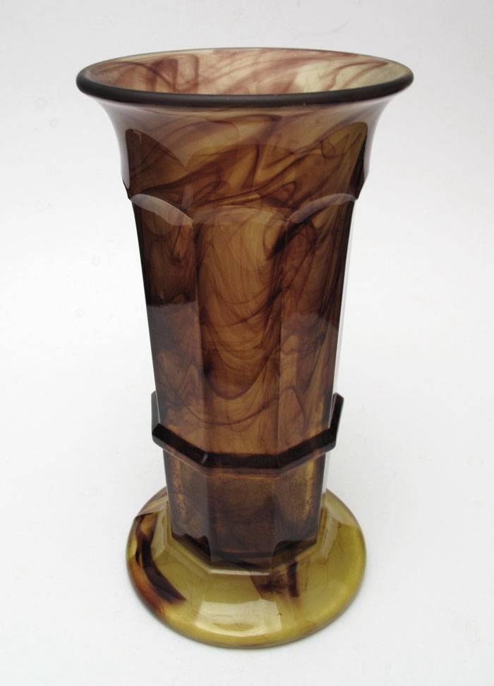 DAVIDSON-ENGLAND-1930s-ART-DECO-AMBER-CLOUD-GLASS-VASE