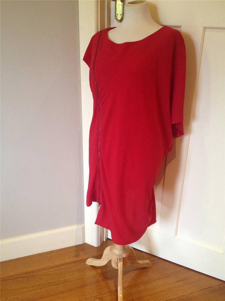 NEW-M-LINE-by-MAGGIE-T-RED-ASYMETRICAL-DRAPE-STYLE-TOP-PLUS-SIZE-22-NWT-RRP-159