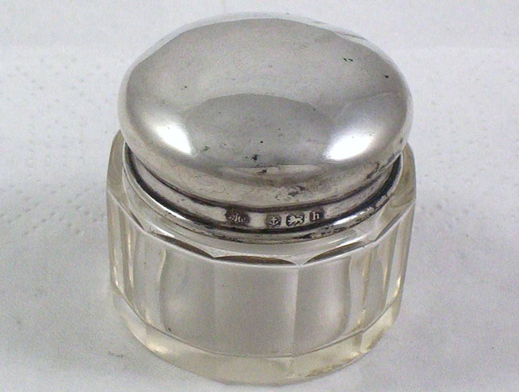 Antique-Sterling-Silver-Top-Cut-Glass-Rouge-Pot-or-Trinket-Box-dated-1907