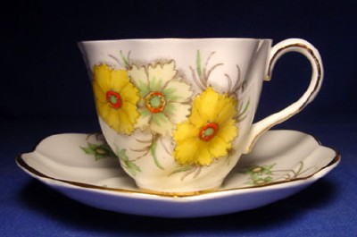 Where Can I Find the Value of Fine China? | eHow