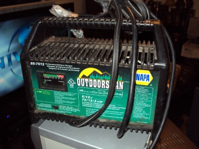 Napa Outdoorsman Battery Charger 85 7512 W Clamps Leads
