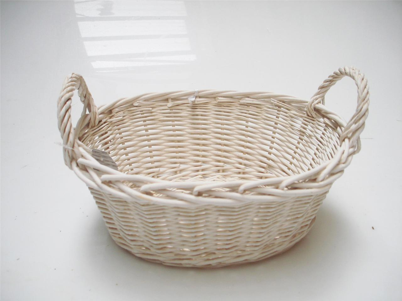 oval white french shabby chic wicker kitchen crafts bathroom storage basket ebay. Black Bedroom Furniture Sets. Home Design Ideas