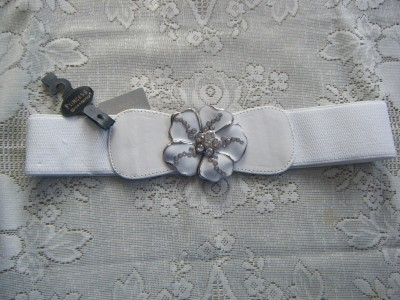 Womens White Stretch Belt With Decorative Metal And Crystal Buckle