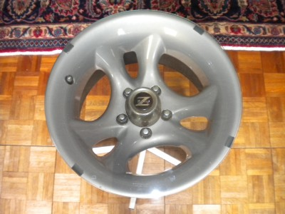 Racing Auto Rims on Custom Made Vintage Chrome Z Racing Tire Rim End Table Automotive