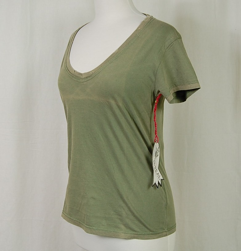 2B REAL NEW DISTRESSED V-NECK PRE-WASH COTTON TEE