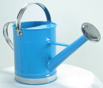 New blue metal watering can half gallon water capacity ebay - Gallon metal watering can ...