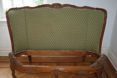 antique hand carved wooden upholstered queen bed frame ebay. Black Bedroom Furniture Sets. Home Design Ideas