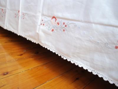Crochet Lace Rose Cross Stitch Bed Sheet Valance Queen Ebay
