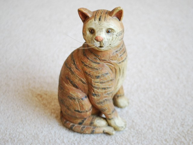 Imitation wood carving resin animal small cat home garden