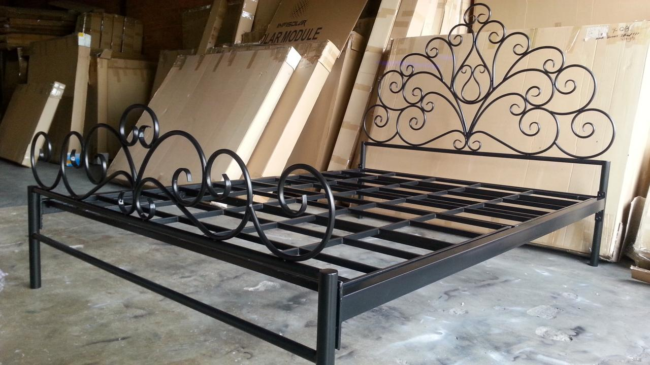 Iron Bed Frames Queen 28 Images Iron Bed Frame Queen