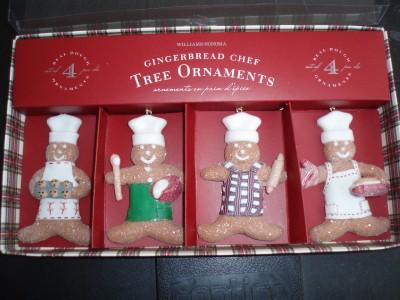 foto de Williams Sonoma Gingerbread Cheff Christmas Tree Ornaments
