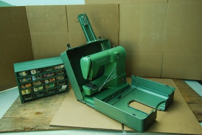 Elna Transforma http://www.ebay.com/itm/Rare-Elna-Sewing-Machine-Transforma-Swiss-722010-Tavaro-Old-Wooden-Thread-Spool-/200755725492