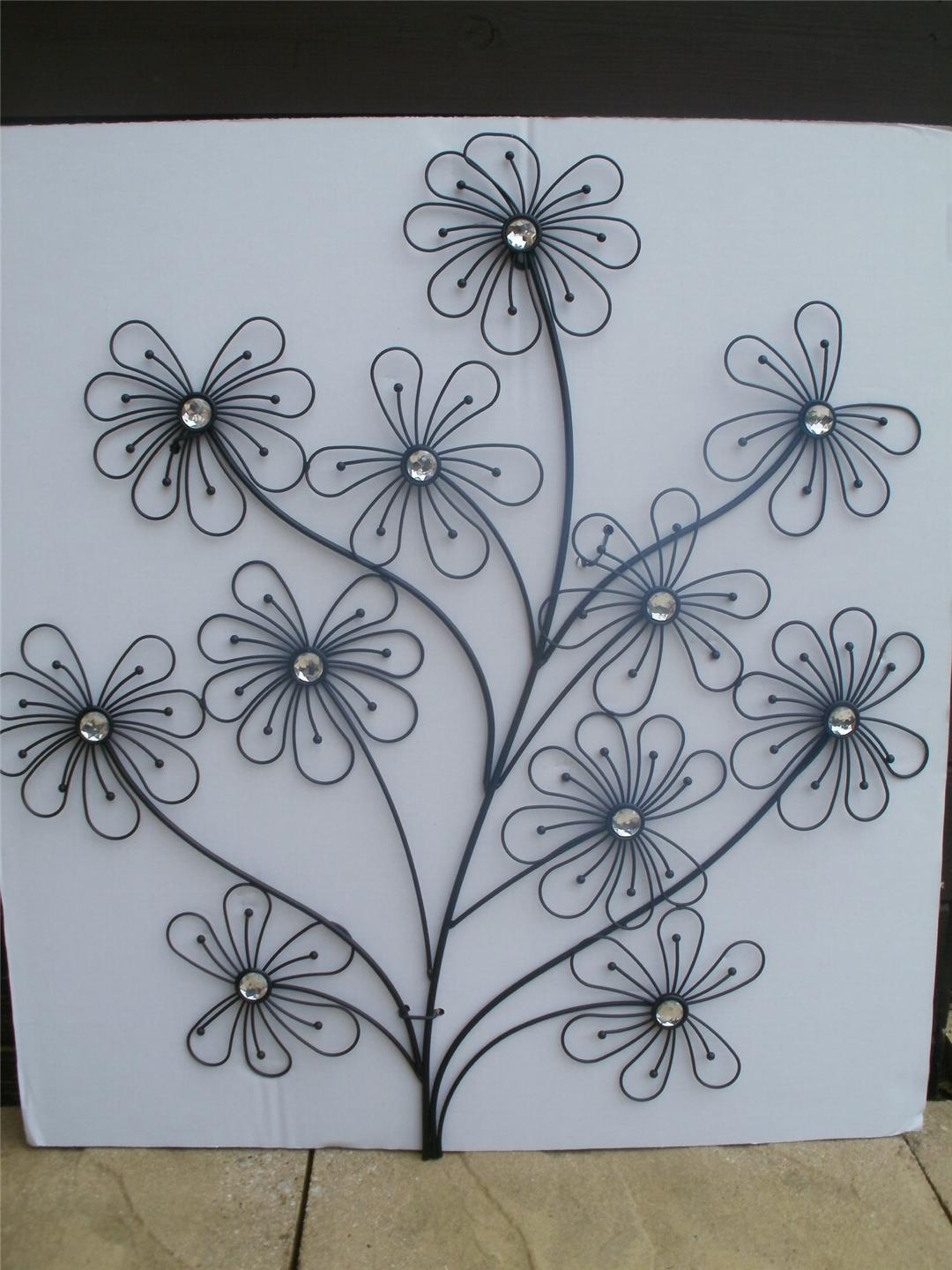 LARGE BLACK METAL WALL ART SCULPTURE FLOWER with DIAMANTE EFFECT JEWELS NEW