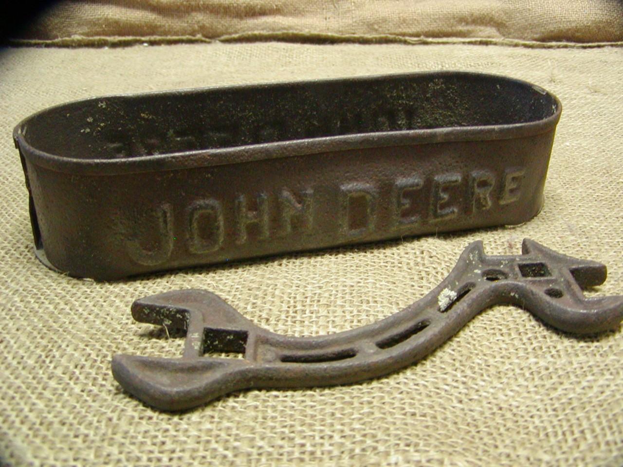 vintage john deere toolbox