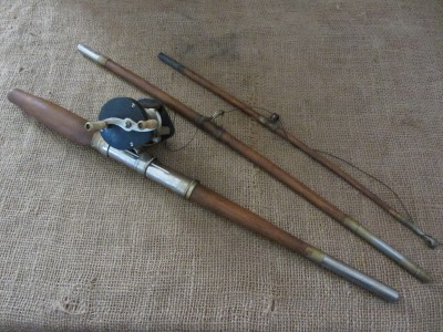 Rare vintage wooden fishing pole reel old antique 3 for Wooden fishing pole