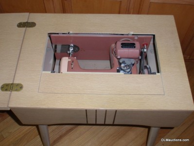 Model 605 Standing Pink Sewing Machine And Cabinet Kenmore