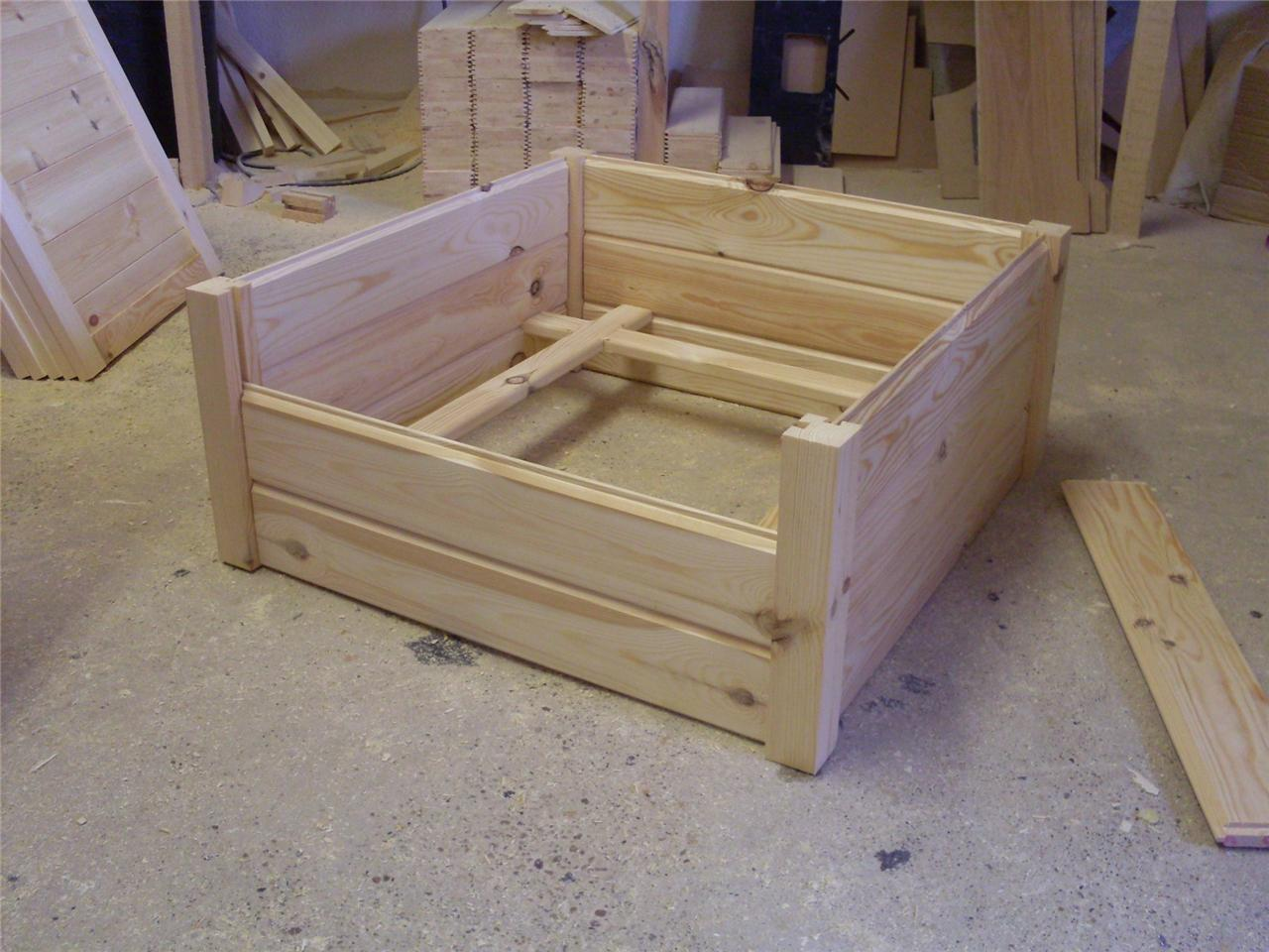 Wooden dog puppy whelping box bed very high quality 3 for Wooden box bed image
