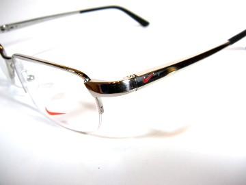 latest trend in eyeglasses  titanium eyeglasses