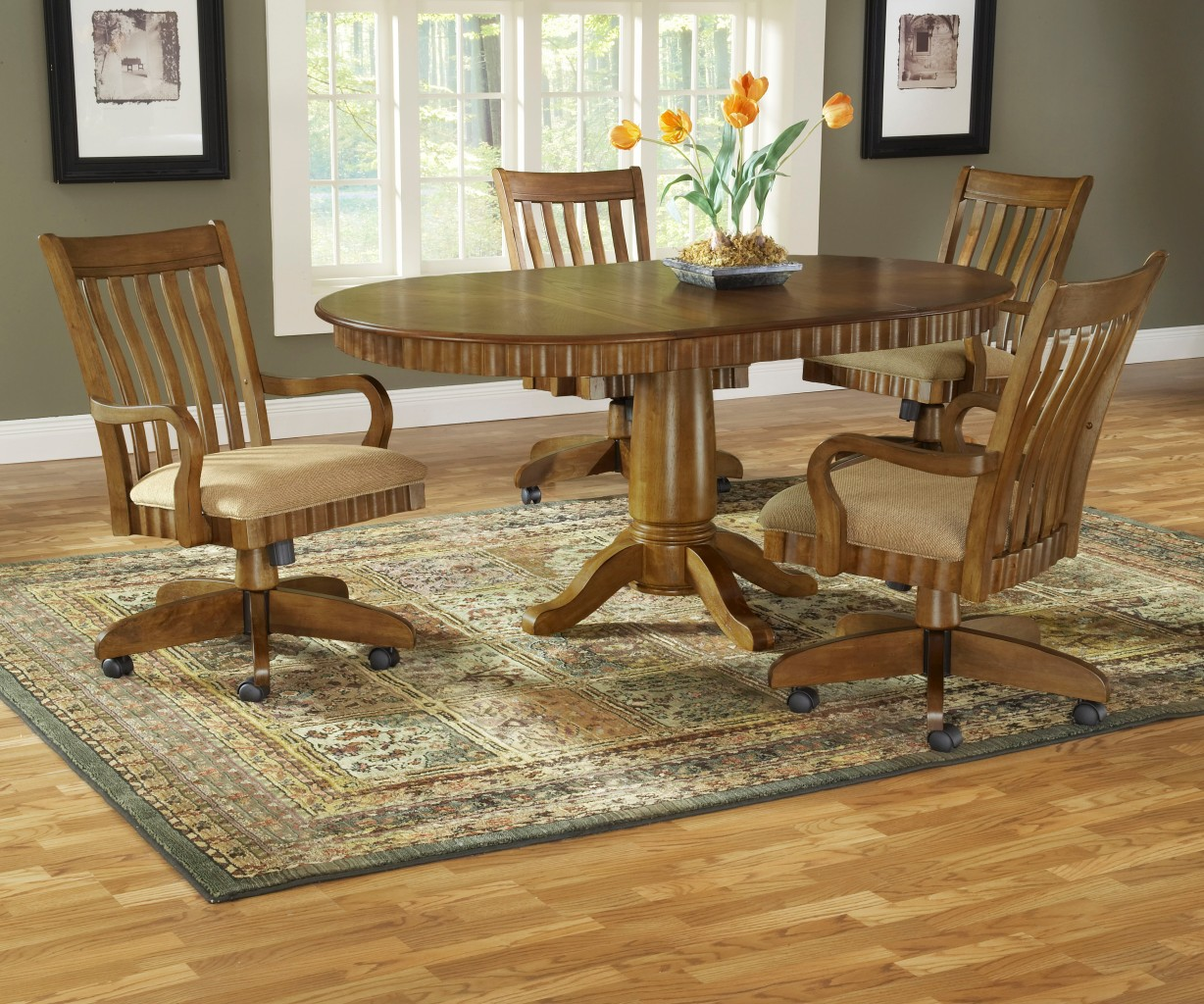 Oak dining table with swivel rolling chairs free for Dining room table with swivel chairs