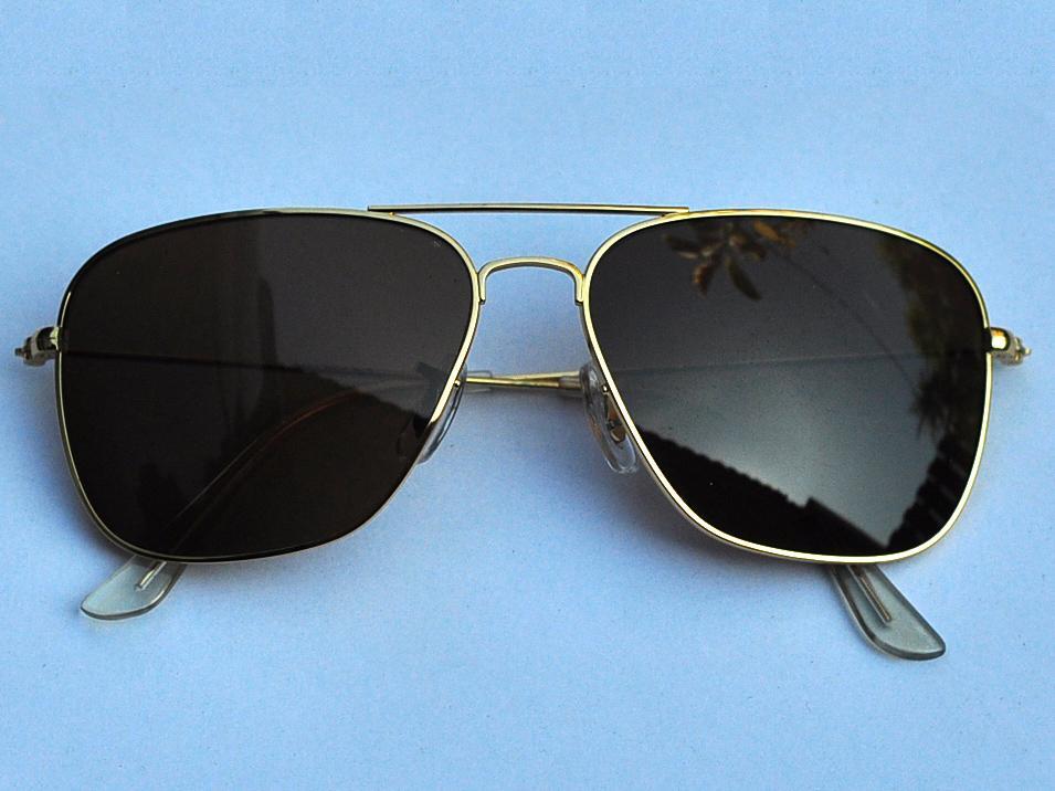 Aviator Sunglasses Gold Frame Brown Lenses : Vintage Sunglasses fashion Aviator Gold Frame Brown lens ...