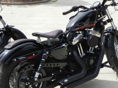 USA Made 2007-2009 Black Harley Sportster Nightster Spring Seat P-Pad Steel Pan