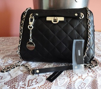 DKNY QUILTED NAPPA BLACK LEATHER CHAIN STRAP SHOULDER/CROSSBODY ... : dkny black quilted purse - Adamdwight.com